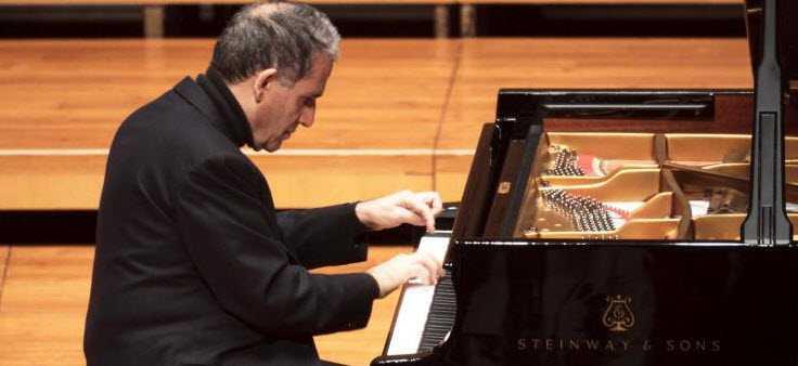 Il Maestro Sandro De Palma in concerto
